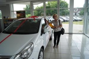 Dixi-Car Pani Jolanta i wygrany Opel Corsa